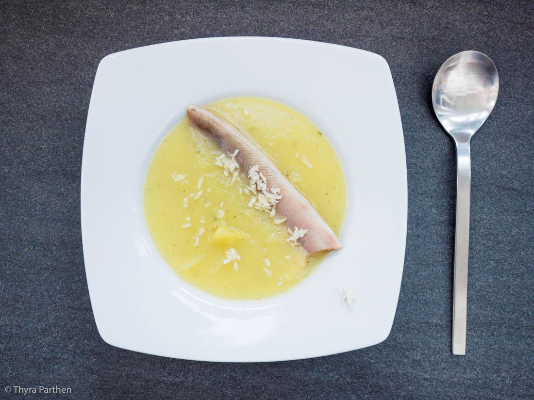 Kartoffelsuppe mit Räucherforellen-Filets