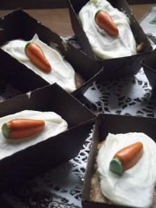 Miniature Carrot Cakes