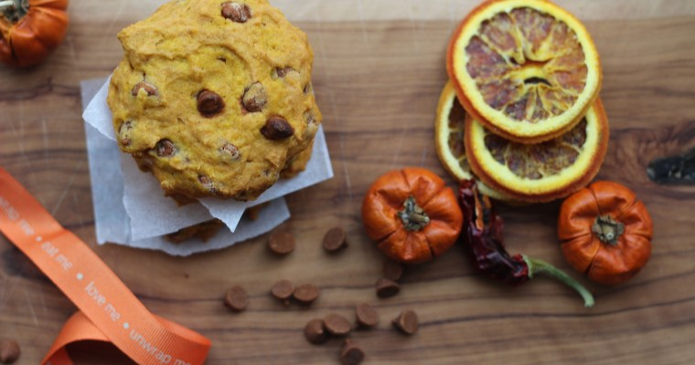 Chewy Pumpkin Cookies with Cinnamon Chips