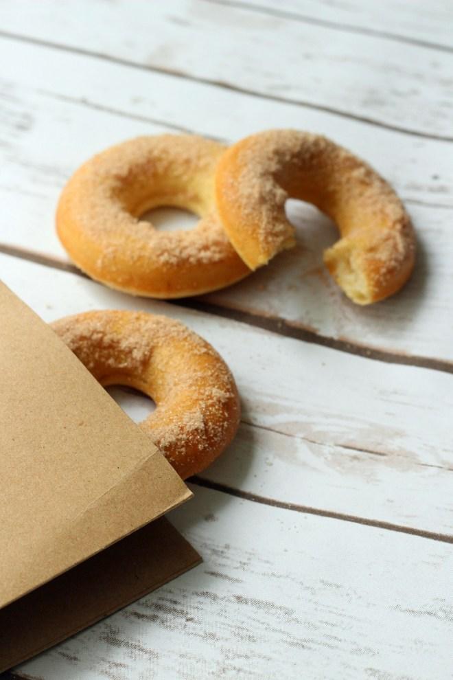 Simple Baked Cinnamon Doughnut
