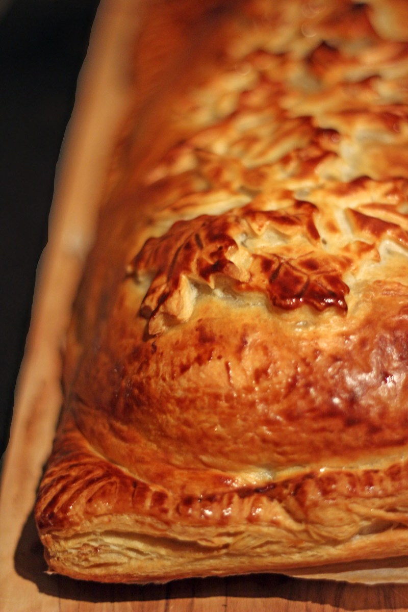 this Festive Beef Wellington is a great alternative to turkey at Christmas or Thanksgiving. Find the recipe on Supper in the Suburbs