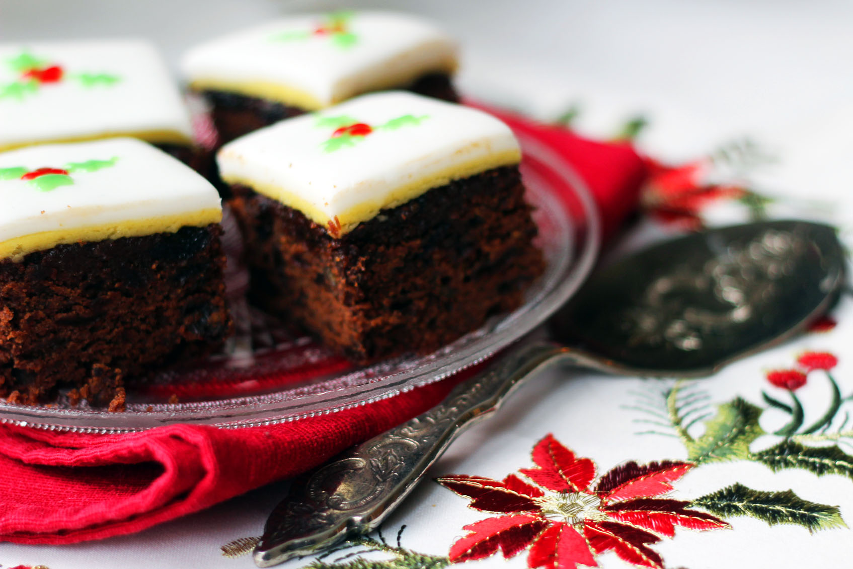 How to make christmas cake - I Ve Been Baking The Family Christmas Cake Now For The Best Part Of 6 Or 7 Years It S A Bit Of A Clich But When I Moved Out And Headed Off