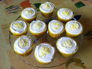 Elderflower and White Chocolate Cupcakes from Tin and Thyme