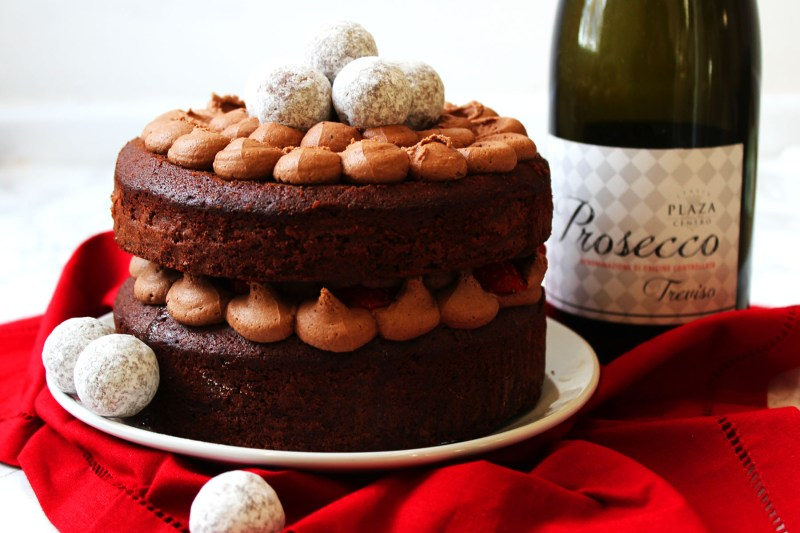 Chocolate Prosecco Cake is a must have for all chooclate and prosecco lovers! Perfect for afternoon tea, mothers day and birthdays, get the recipe at Supper in the Suburbs!