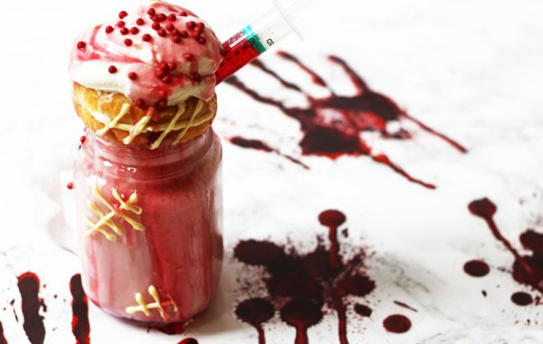 My recipe for strawberry and white chocolate milkshakes have been given a makeover into these gruesome Halloween Freakshakes! They are the perfect drink to serve up at your All Hallows Eve party on October 31! Find out how to make them on Supper in the Suburbs!