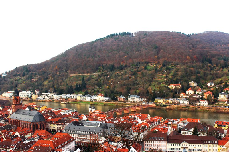 The Christmas Markets are always magical, check out 10 reasons why you should visit the German Christmas Markets in Heidelberg.