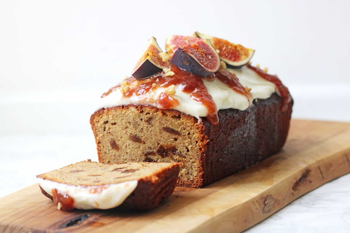 Spiced Fig and Walnut Loaf Cake