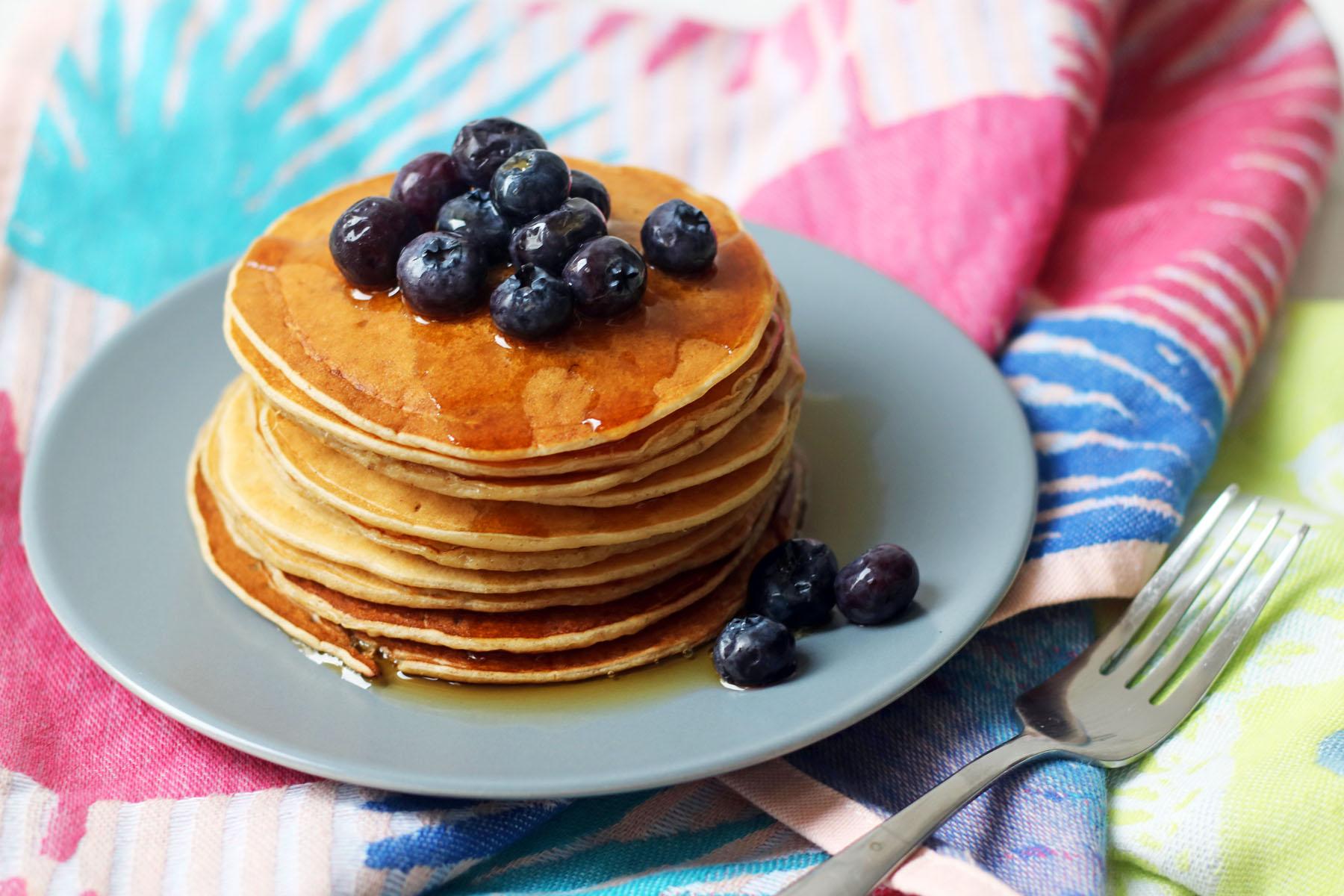"""""""American Style"""" Vegan Pancakes"""