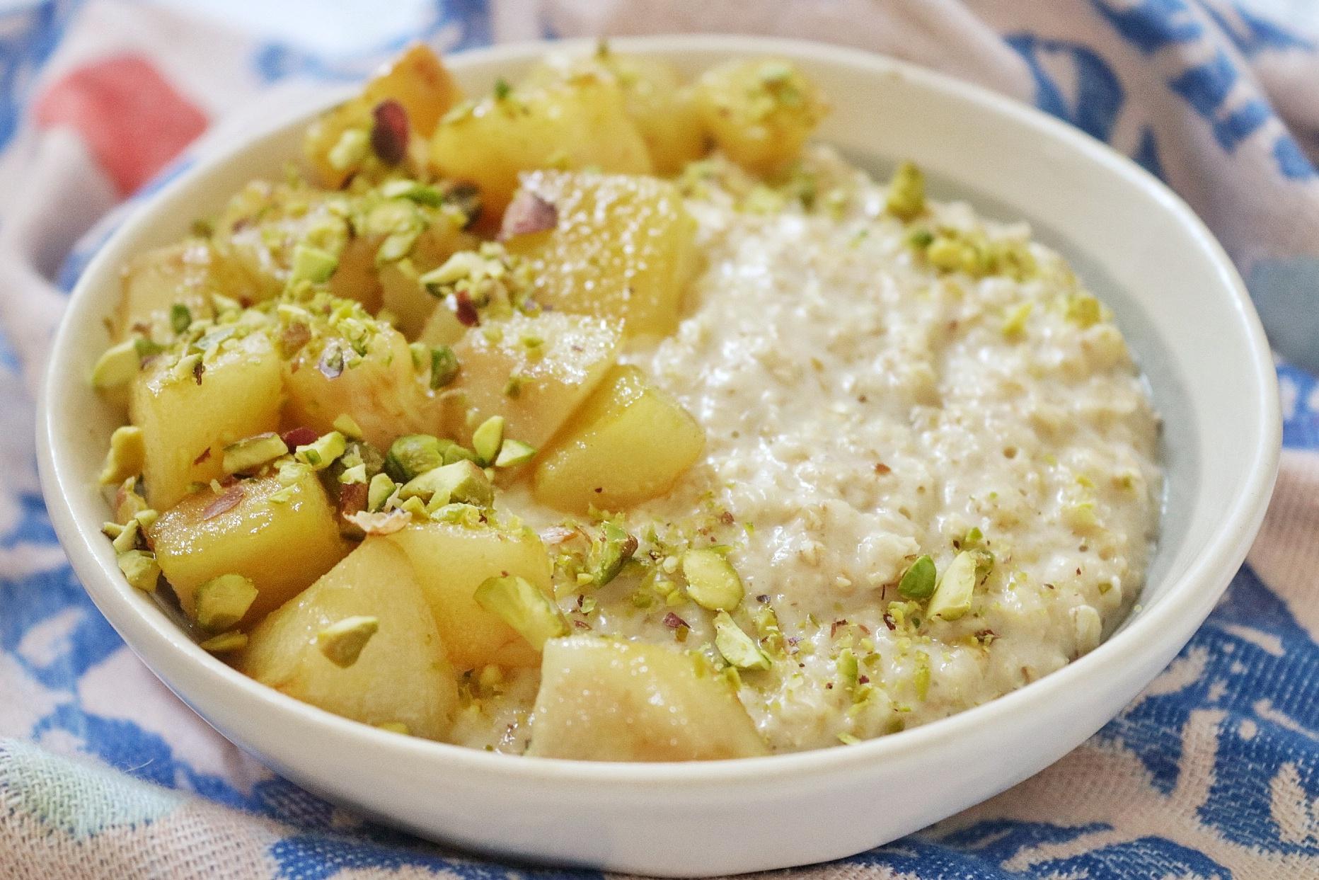 Vegan Pear, Pistachio and Cardamom Porridge