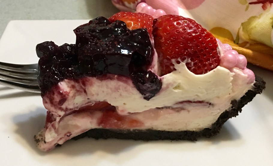 A Basic No Bake Cheesecake Filling with a Berry Topping