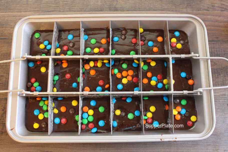 Brownie pan 3 Add Divider