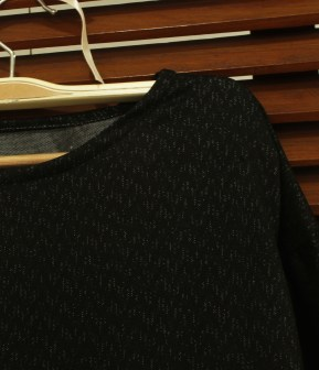 Detail - Black Glittery Top