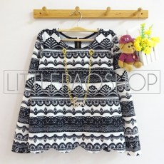 IMPORT - Tribal LOVE Necklace Sweater (white) - ecer@70rb - seri4pcs(2black2white) 260rb - wedges tekstur - fit to L