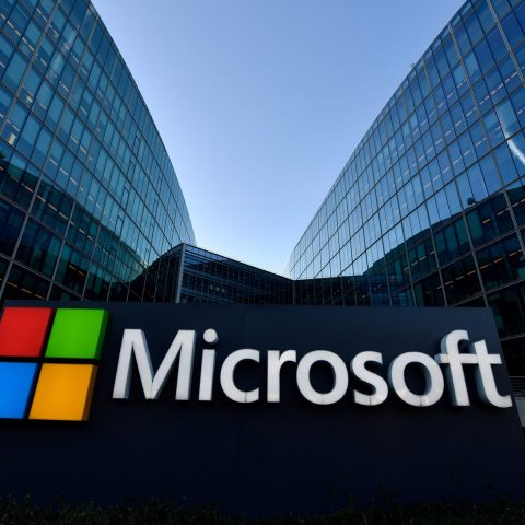 Over 20,000 U.S. organizations compromised through Microsoft email flaw
