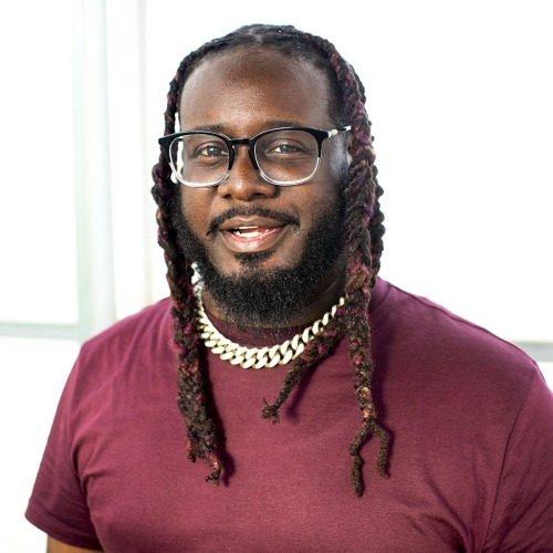 T-Pain-smiling-with-red-shirt-and-glasses