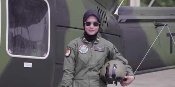 Inspirasi: Jadi Pilot Wanita TNI AD