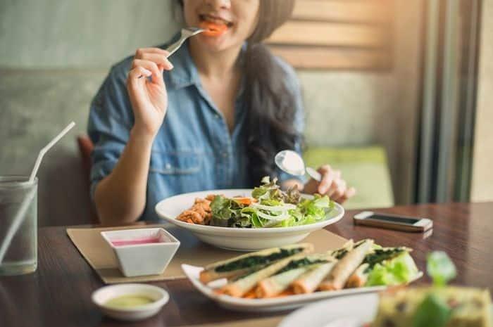 Makanan Pencegah Infeksi Corona