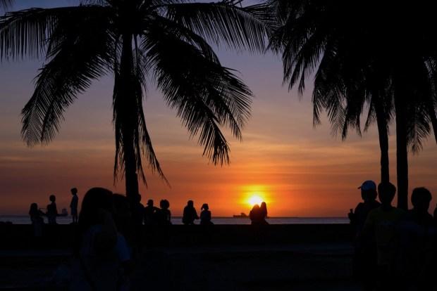 sundown-at-the-bay