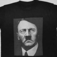 Chcete tričko s Hitlerem, nebo hrnek s Heydrichem?
