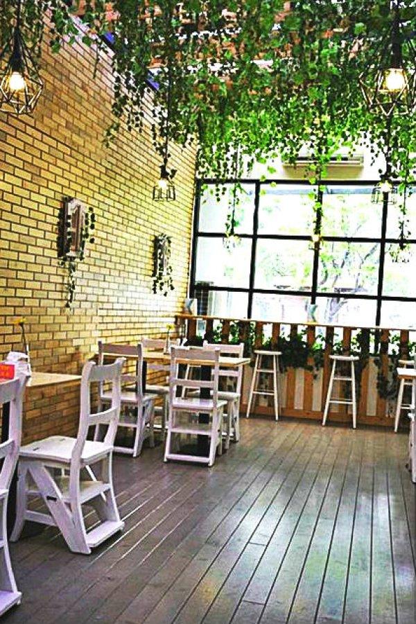Babeh Street greeny