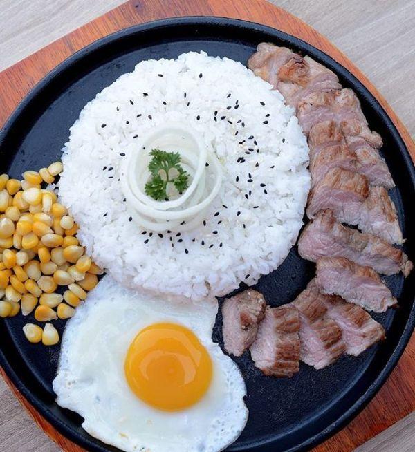 Platter beef steak