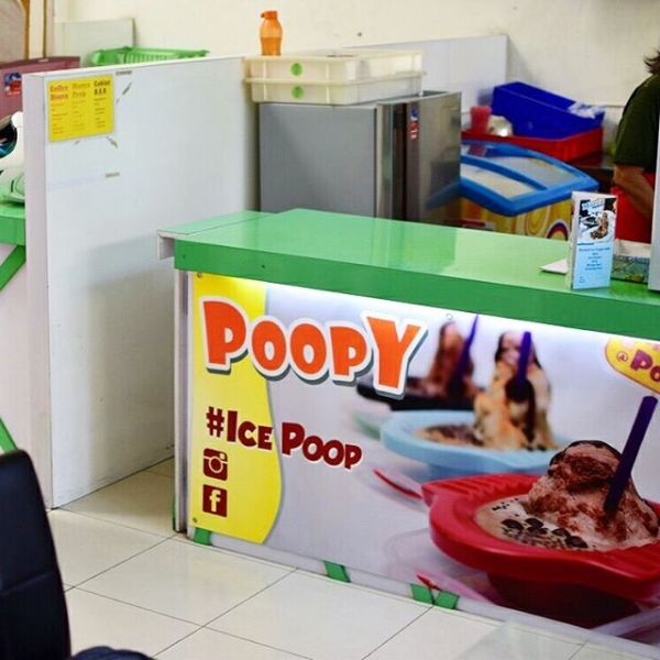 Poopy booth