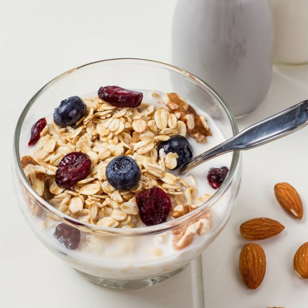 Madame Chang overnight-oatmeal-with-almond-milk