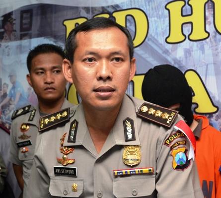 Kabid Humas Polda Jatim, Kombes Pol Awi Setiyono. (FOTO : Parlin/surabayaupdate)