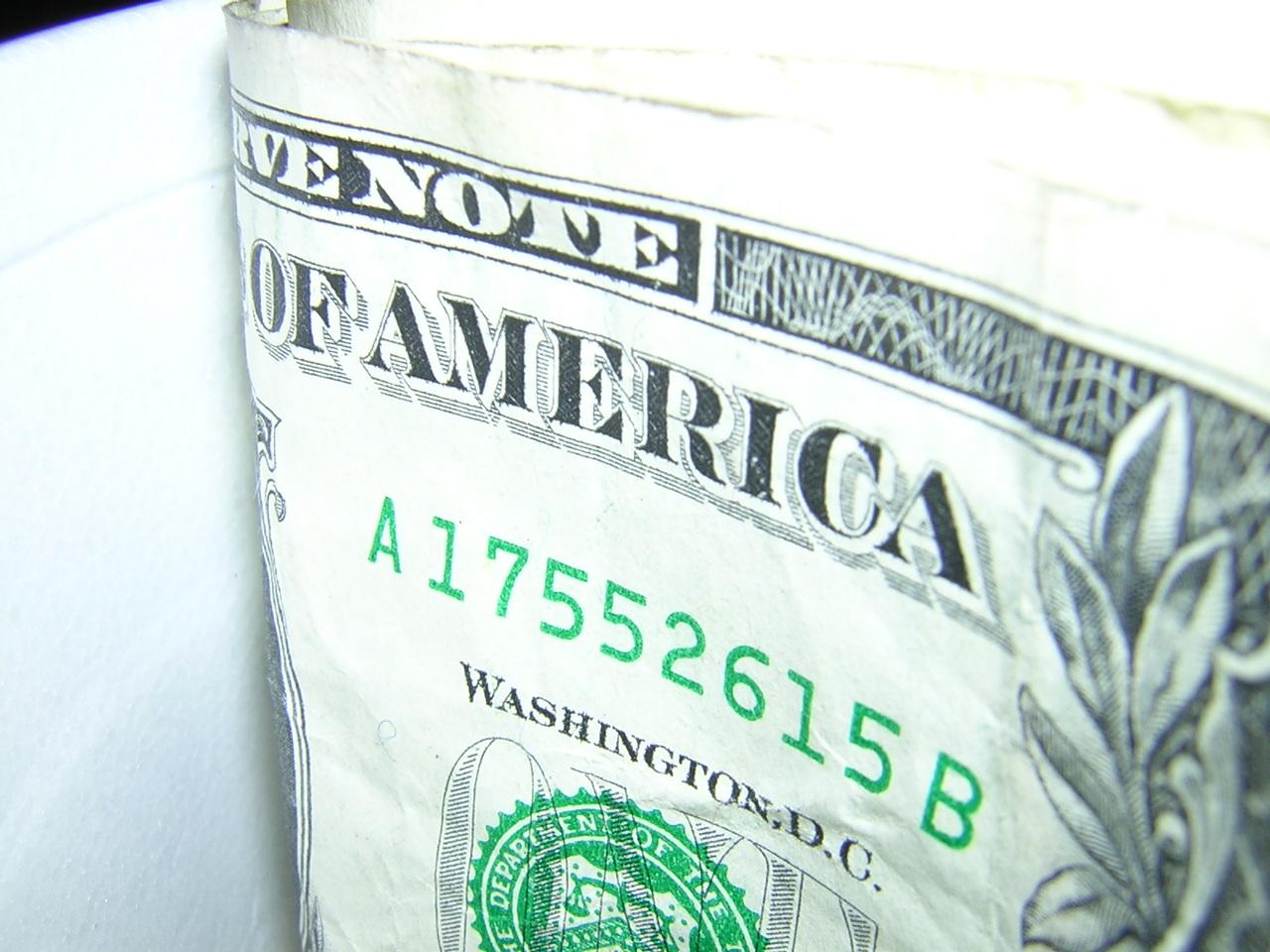 one-dollar-bill-1487099-1280x960