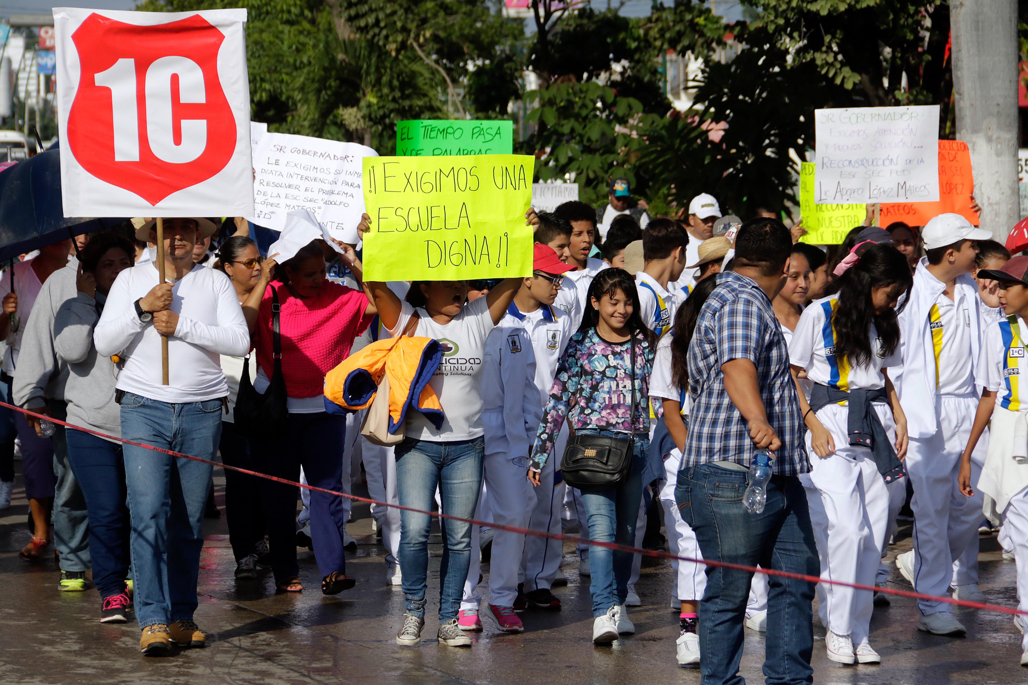 La SEP deja al garete las escuelas dañadas - El Sur de Acapulco I ...