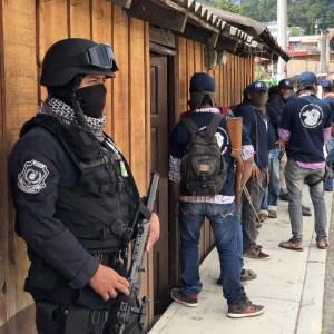 Policías estatales y comunitarios de Heliodoro Castillo vigilan Filo de Caballos. Foto: Lenin Ocampo Torres