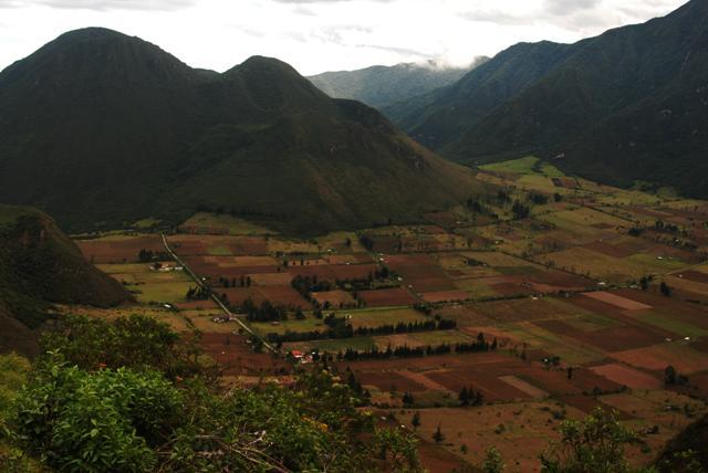 Pululahua, pueblo en el crater