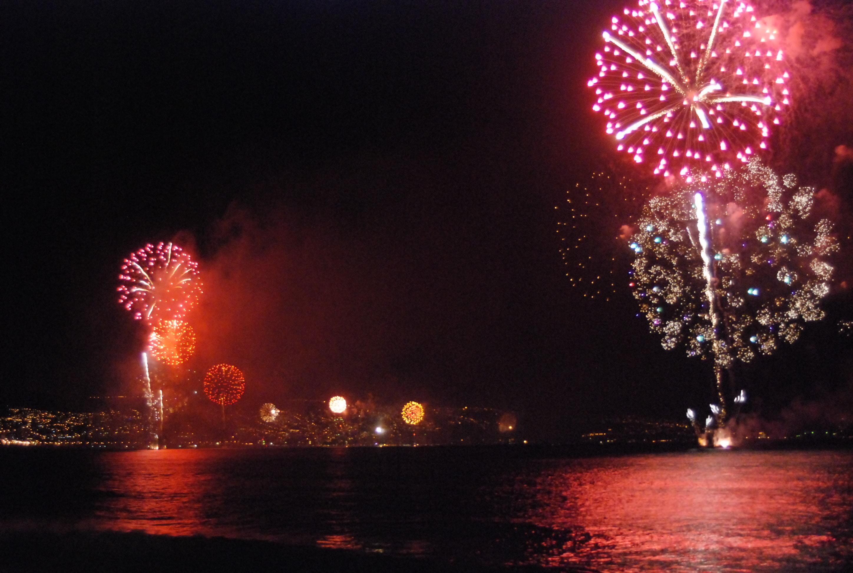recibiendo el año nuevo junto al mar