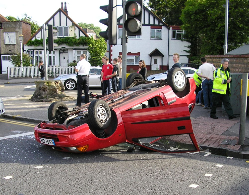 Another accident in Ewell Road