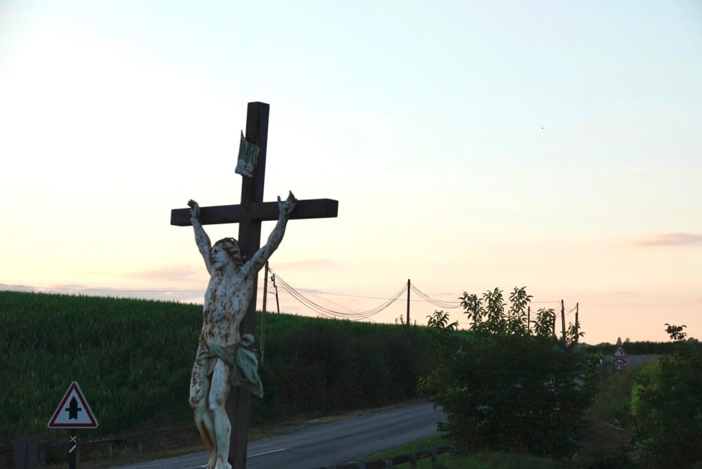 christ, coucher de soleil à Sauvelade