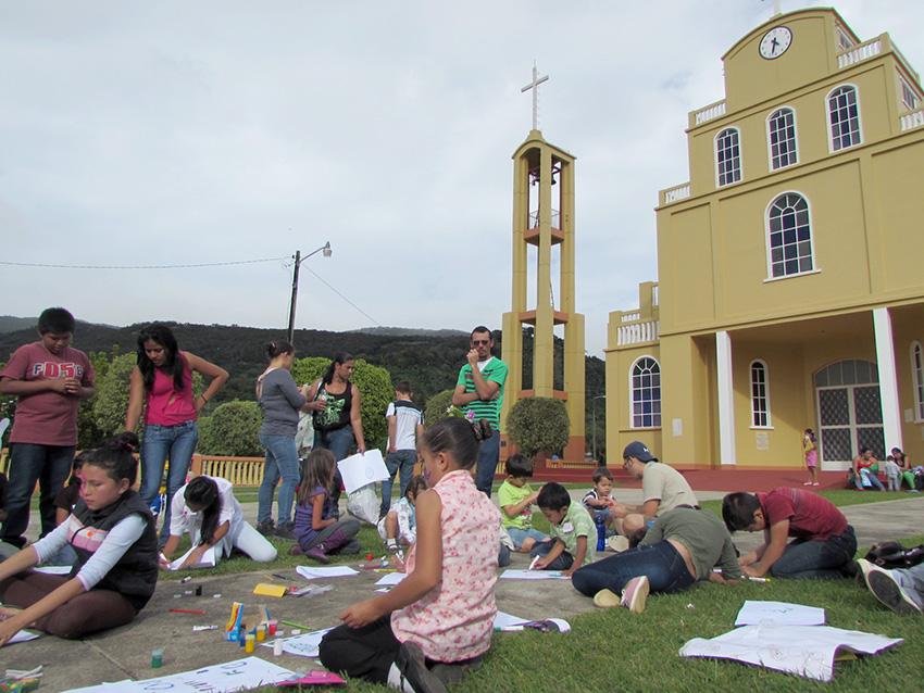 Comunidad de Dota celebra la vida en festival cultural3