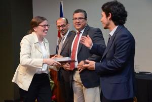 UCR rinde homenaje a universitarias y universitarios galardonados en 2014