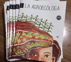 Presentaran revista campesinaLa Agroecologa2