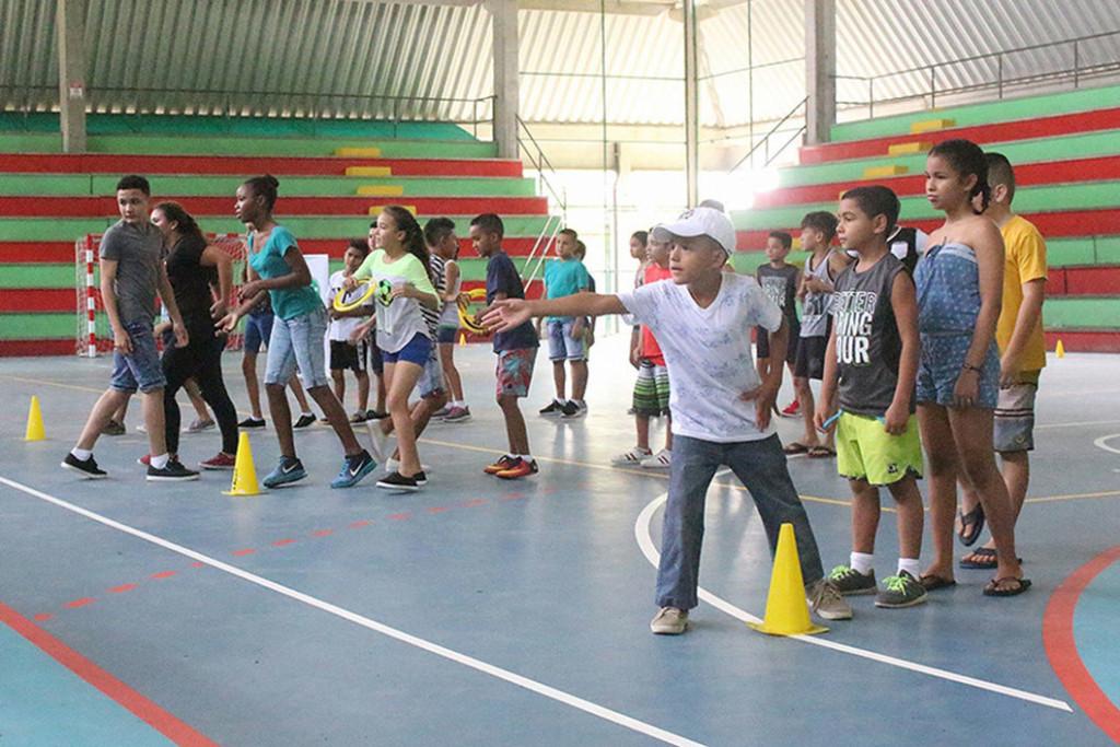 Ninas y ninos de Limon disfrutaron de campamento en Sede del Caribe3