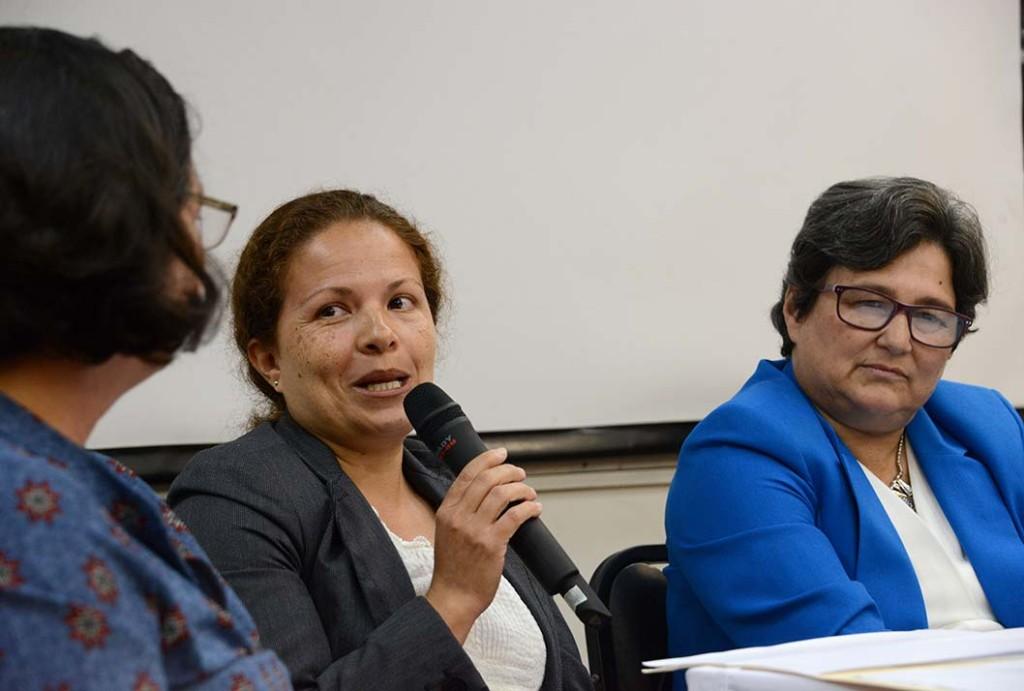 UCR Geologas exponen sobre la desigualdad y el acoso en su ambito profesional4