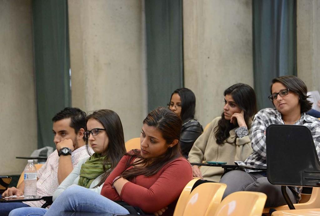 UCR Geologas exponen sobre la desigualdad y el acoso en su ambito profesional5