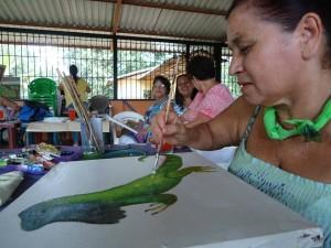 UNED Pintura y murales revitalizan historias de pueblos y las vidas de mujeres y jovenes2