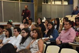 Por una semana 38 estudiantes de America Latina llevan curso sobre liderazgo consciente en la UCR