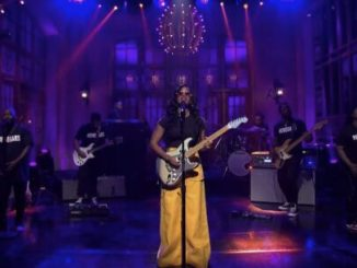 American Singer, H.E.R Devotes Saturday Night Live Show Performance To #EndSARS Protests