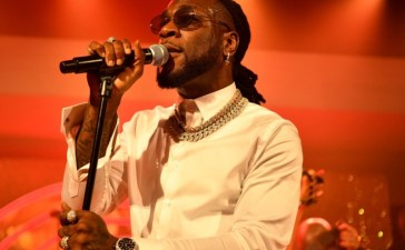 Burna Boy Devotes BET Hip-Hop Awards Performance To Victims Of SARS Brutality