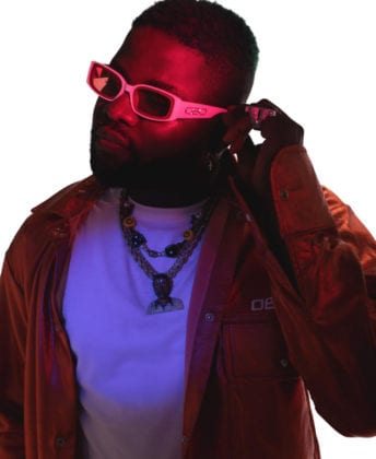 Watch Skales Working On New Song