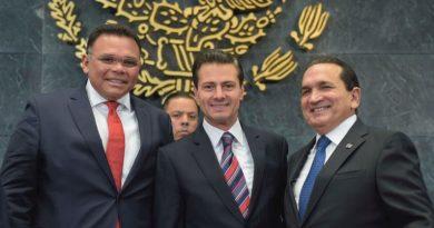 Empresarios, a favor de mantener la fortaleza de México