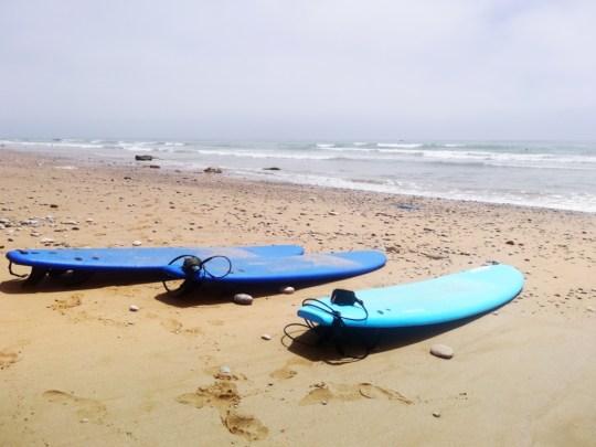 Доски на пляже в Марокко | Школа серфинга Surf-Burg