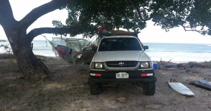 Surf trip Popoyo - campement voiture