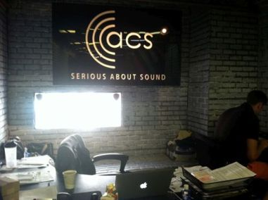 SurfaceGrooves_Signage_web_012